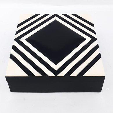 Caixa Quadrada Osso Preto/Branco Losangos M