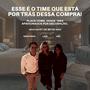Baú Veludo Cinza Com Fivelas e Detalhes Prata